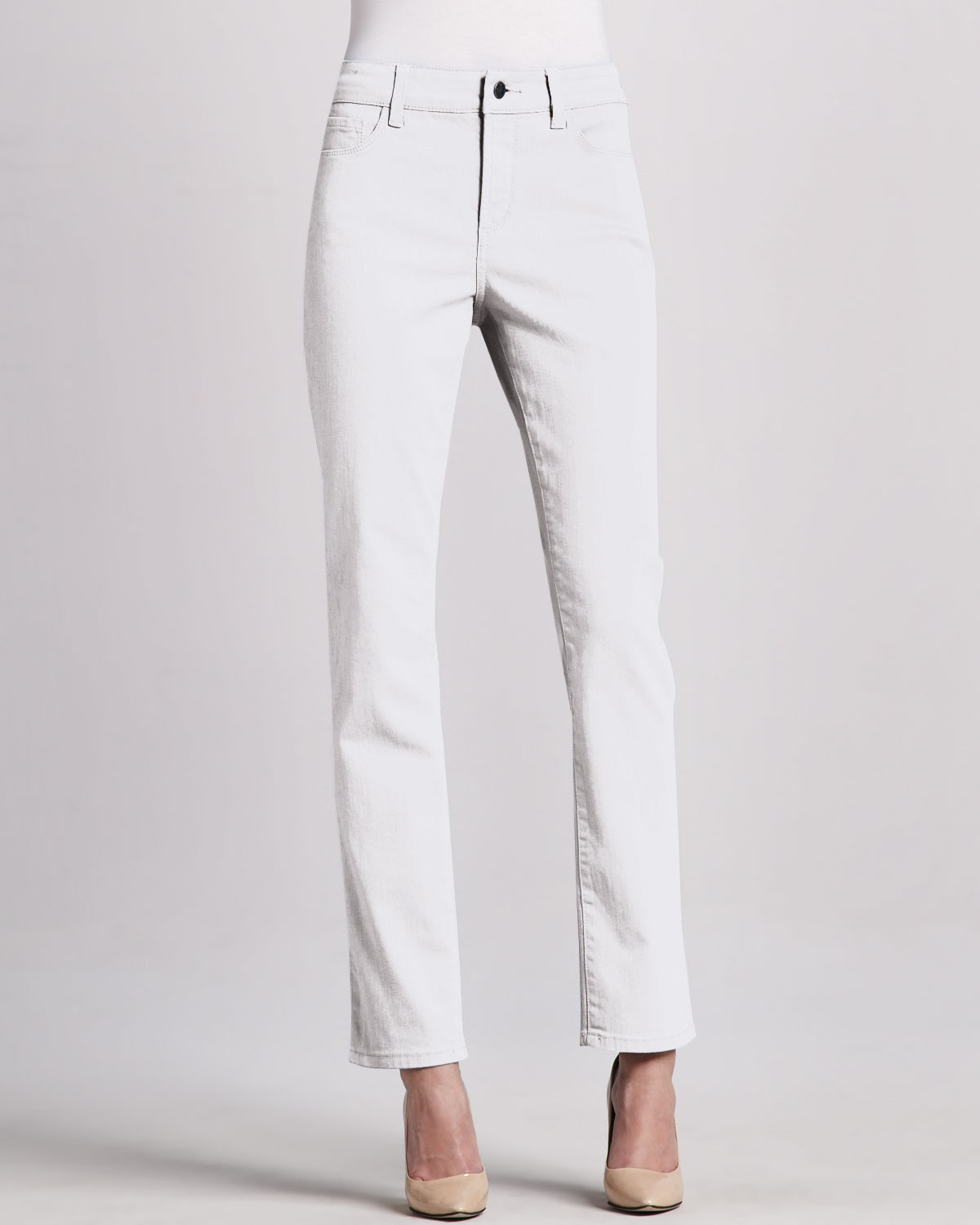 ANN TAYLOR's petite jeans and denim have all the style and great fit, too. Shop perfectly proportioned flare jeans, cropped jeans, ankle jeans & more.