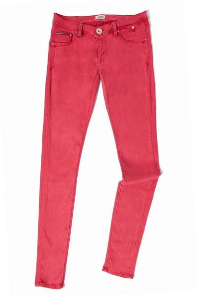 tommy hilfiger sophie skinny vintage twill jeans in red lyst. Black Bedroom Furniture Sets. Home Design Ideas