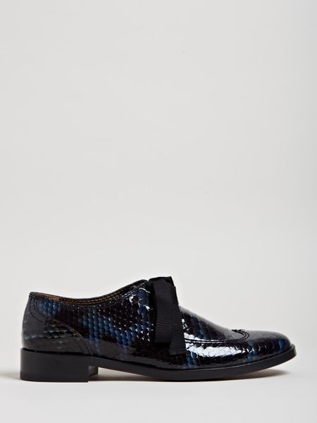 lanvin womens imitation reptile print derby shoe in blue