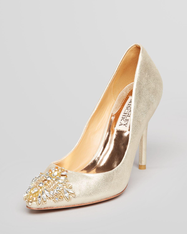 60ab90afb10 Lyst - Badgley Mischka Pointed Toe Evening Pumps Doris High Heel in ...