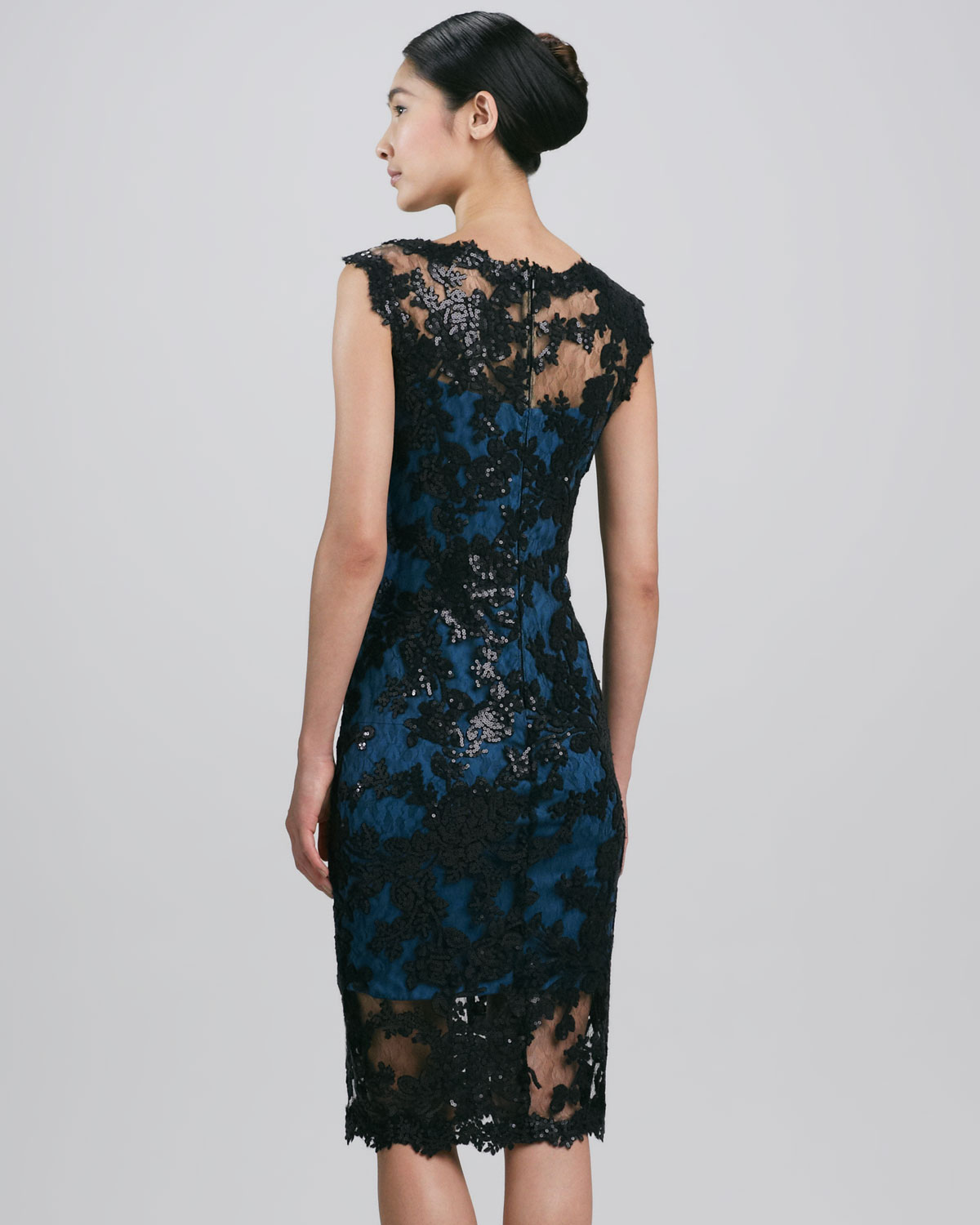 Tadashi shoji Sleeveless Scalloped Lace Cocktail Dress in Blue | Lyst