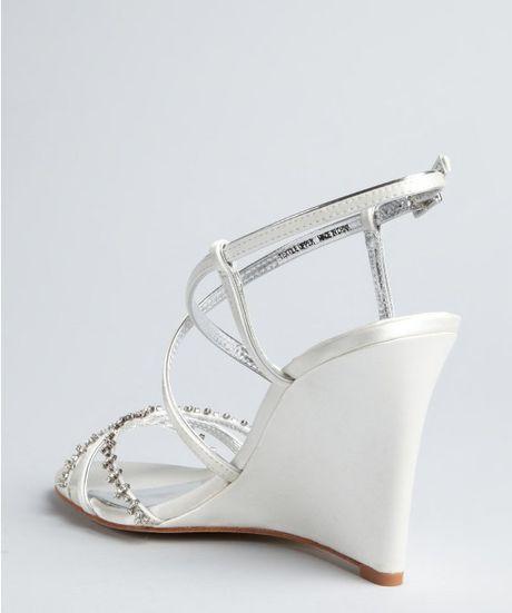 badgley mischka white satin gisele jeweled wedge sandals