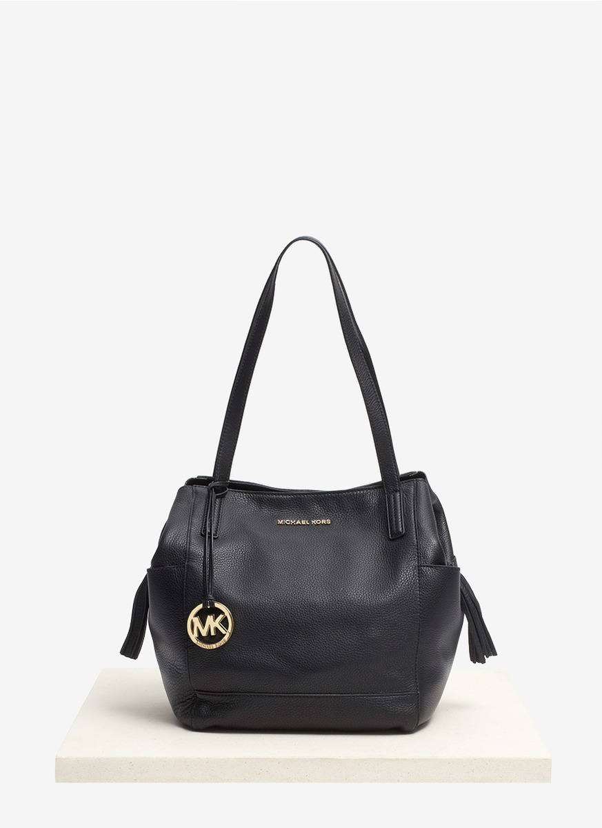 Michael kors Ashbury Soft Leather Shoulder Bag in Black | Lyst