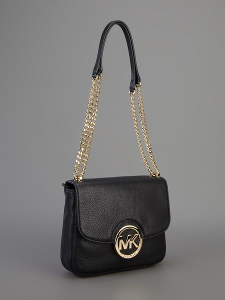 Michael Kors Chain Shoulder Bag 64