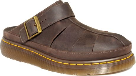 Dr. Martens Jaycee Sandals in Brown for Men (Dark Brown)
