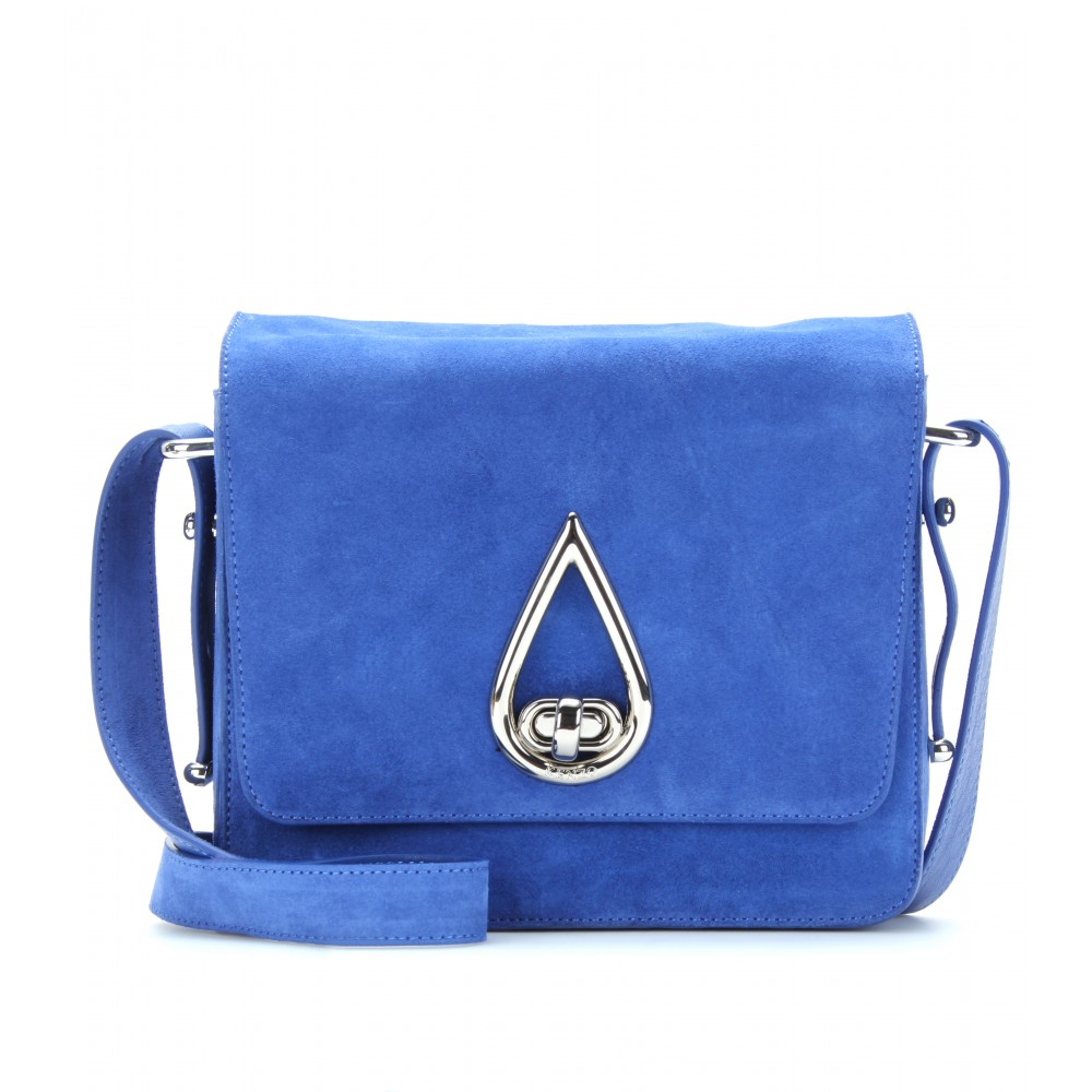 Looking for a wide selection of Women's Clutches? Shop on italist: fast express shipping, best price in market.