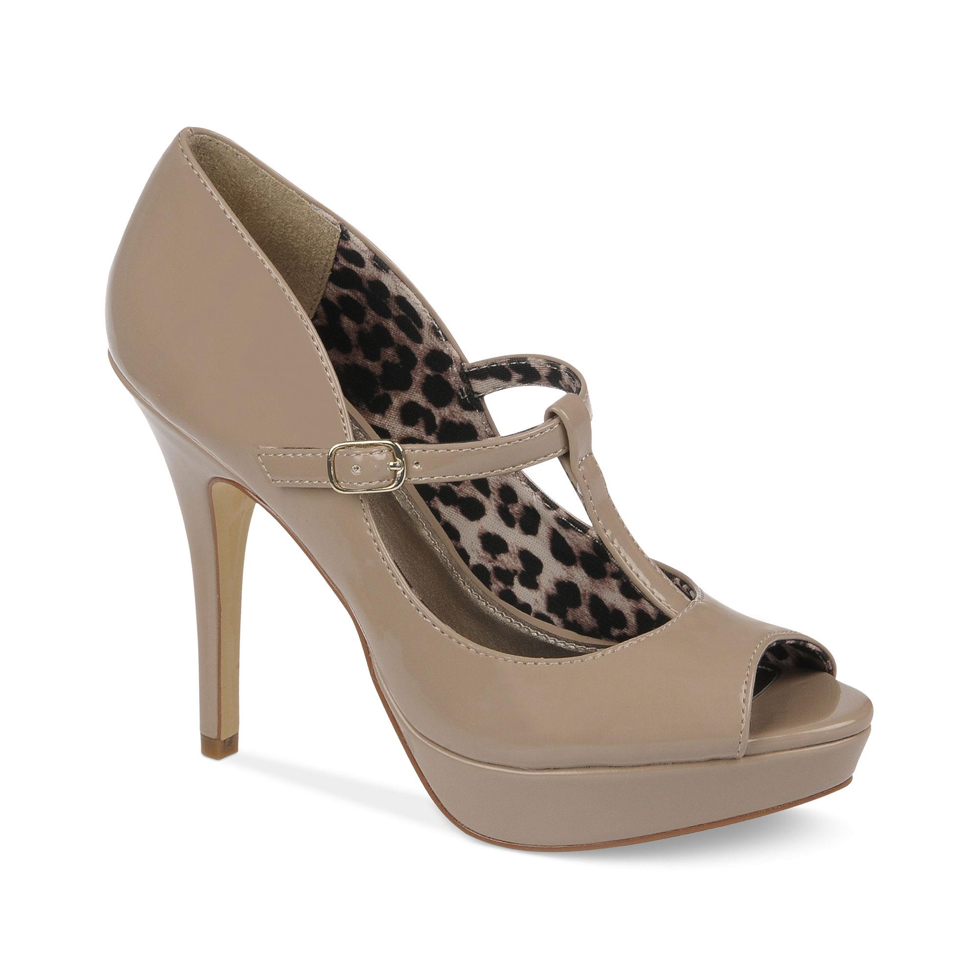 Fergie Fergalicious Shoes Excited Platform Pumps in Beige ... Fergie Shoes