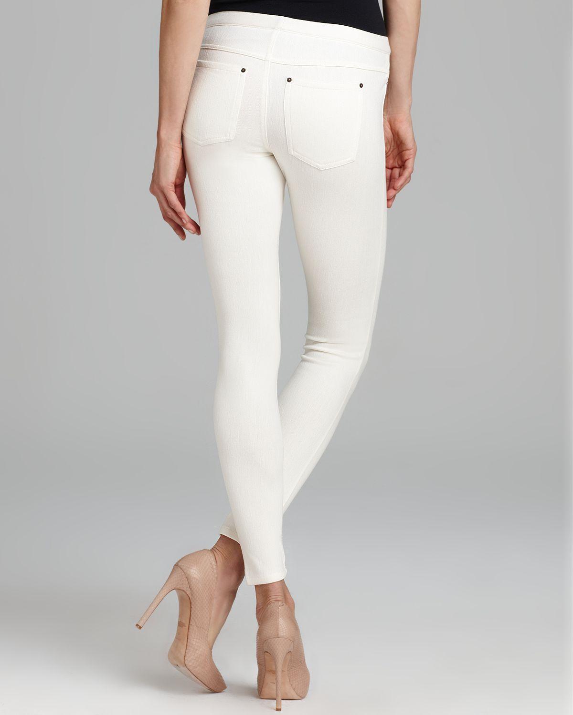 Hue Original Jean Leggings in White | Lyst
