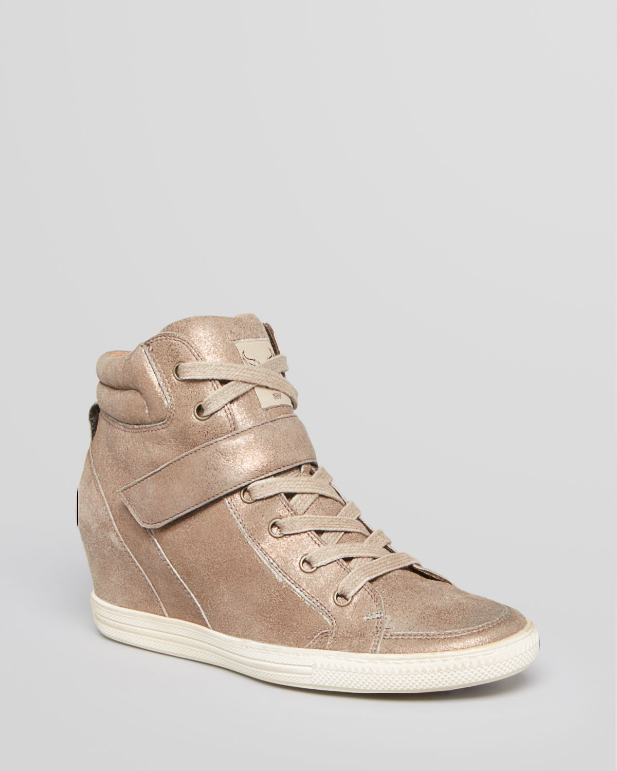 paul green lace up wedge sneakers paris in gold gold metallic lyst. Black Bedroom Furniture Sets. Home Design Ideas