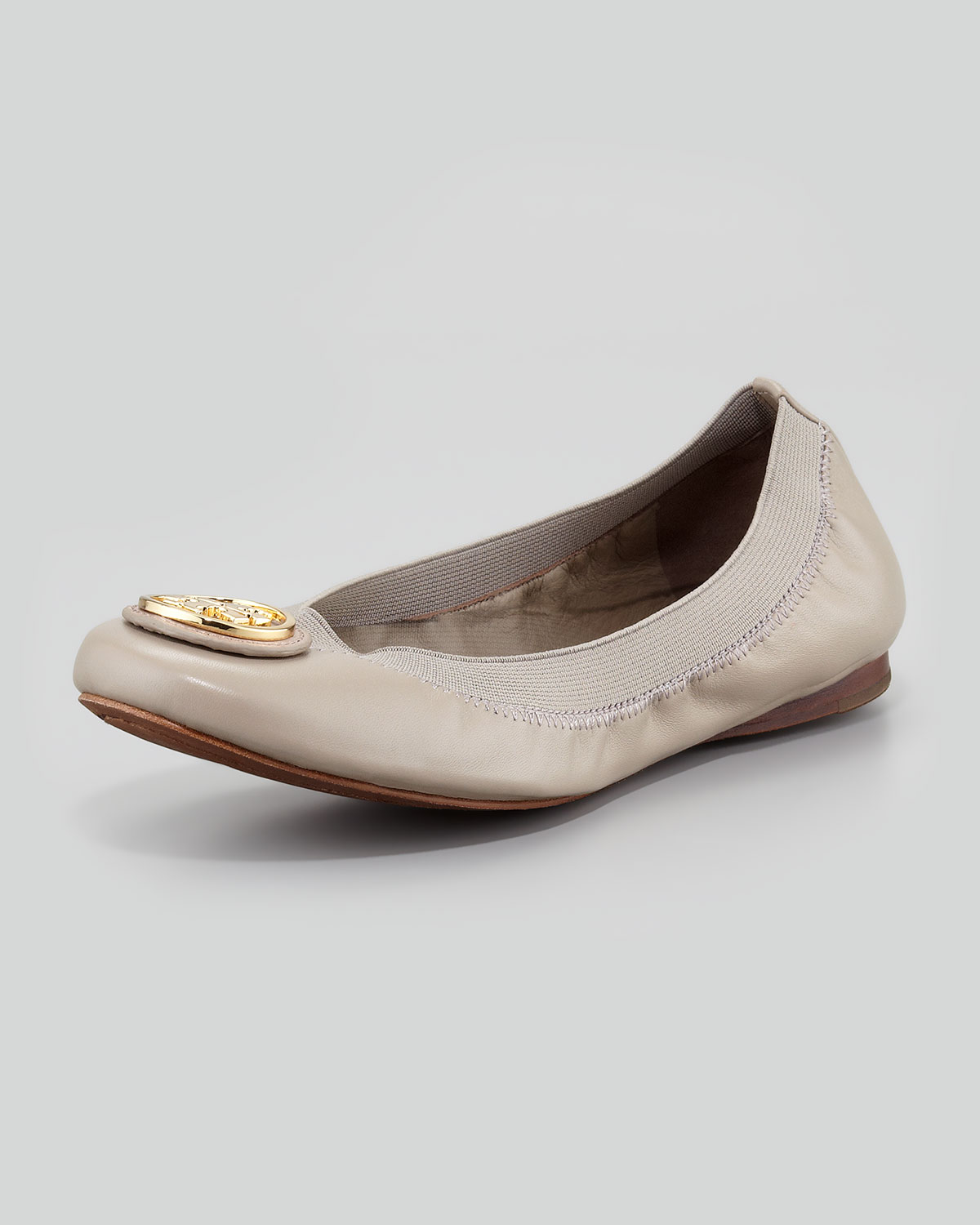tory burch caroline 2 leather stretch ballerina flats dust storm in gray dust storm lyst. Black Bedroom Furniture Sets. Home Design Ideas