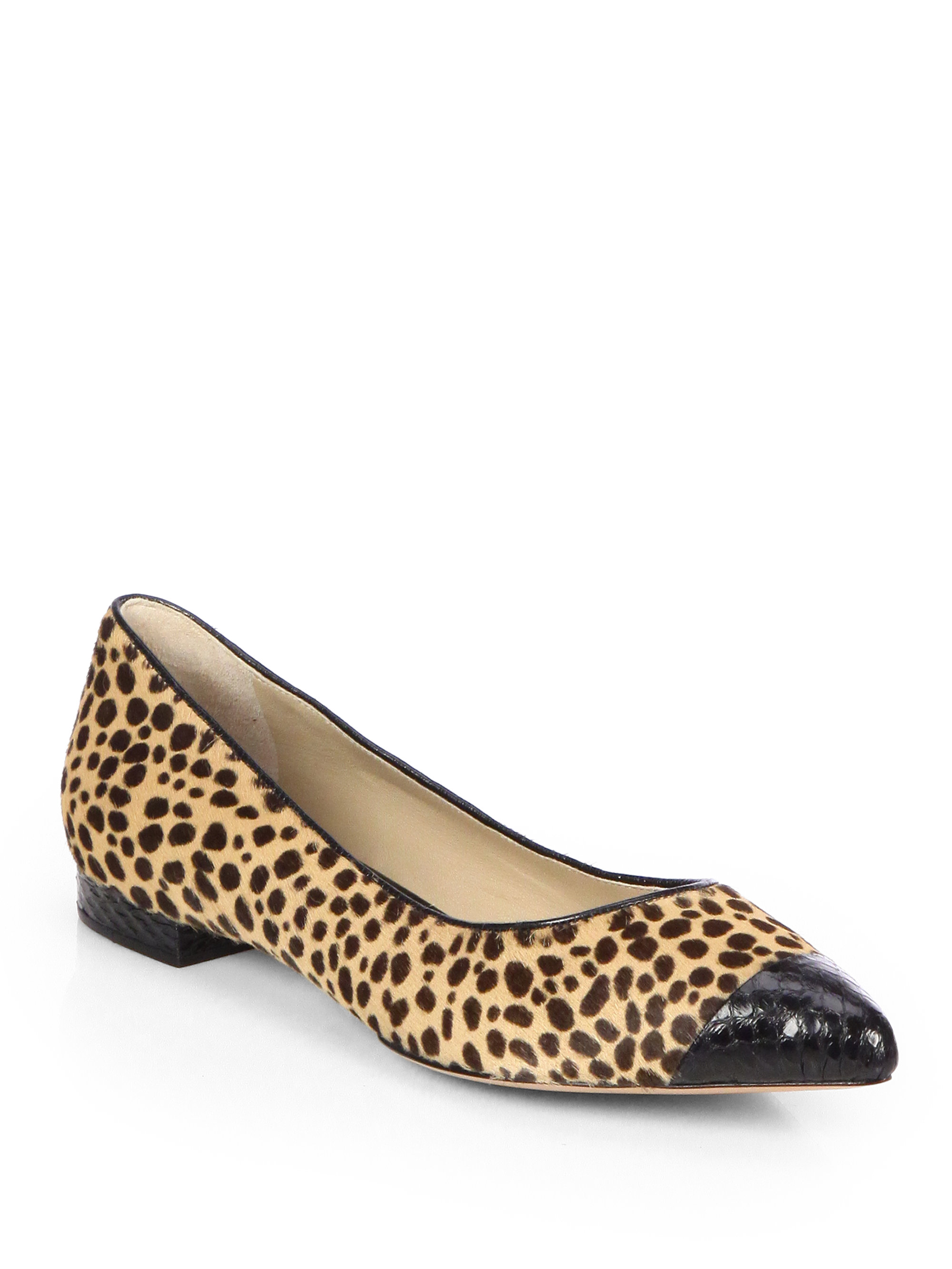 Get free shipping on ballet flats, lace up ankle flats & women's designer flats from Tory's new collection. Find the new looks online at napalmclan.tk
