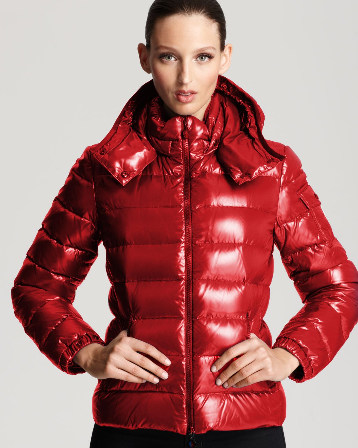 c948080dc33 Moncler Bady Lacquer Hooded Short Down Coat in Red - Lyst