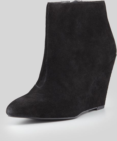 seychelles turn up the heat wedge bootie black in black lyst
