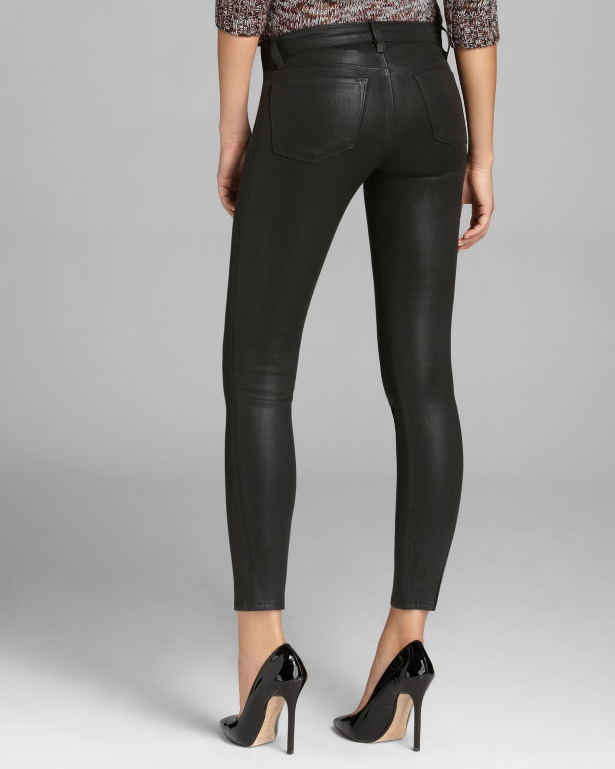 0a2d78f47639 Lyst - J Brand Jeans - 620 Mid Rise Super Skinny In Lacquered Black ...