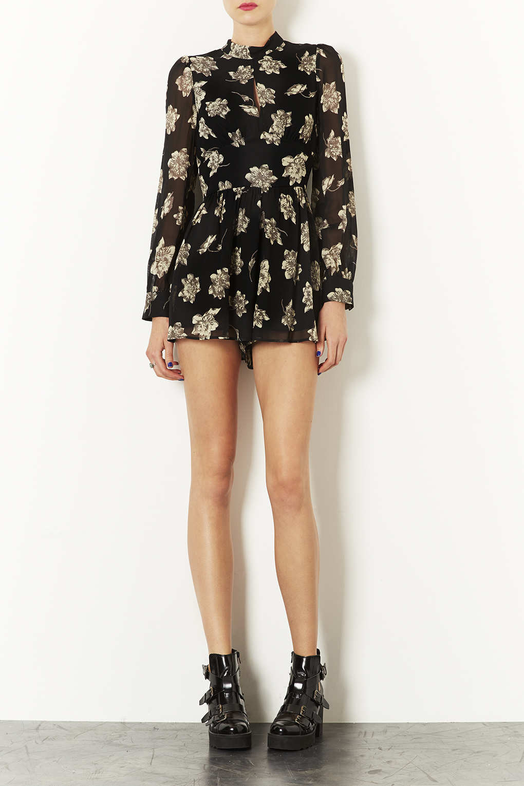 e5434586718 Lyst - TOPSHOP Ghost Floral Playsuit in Black