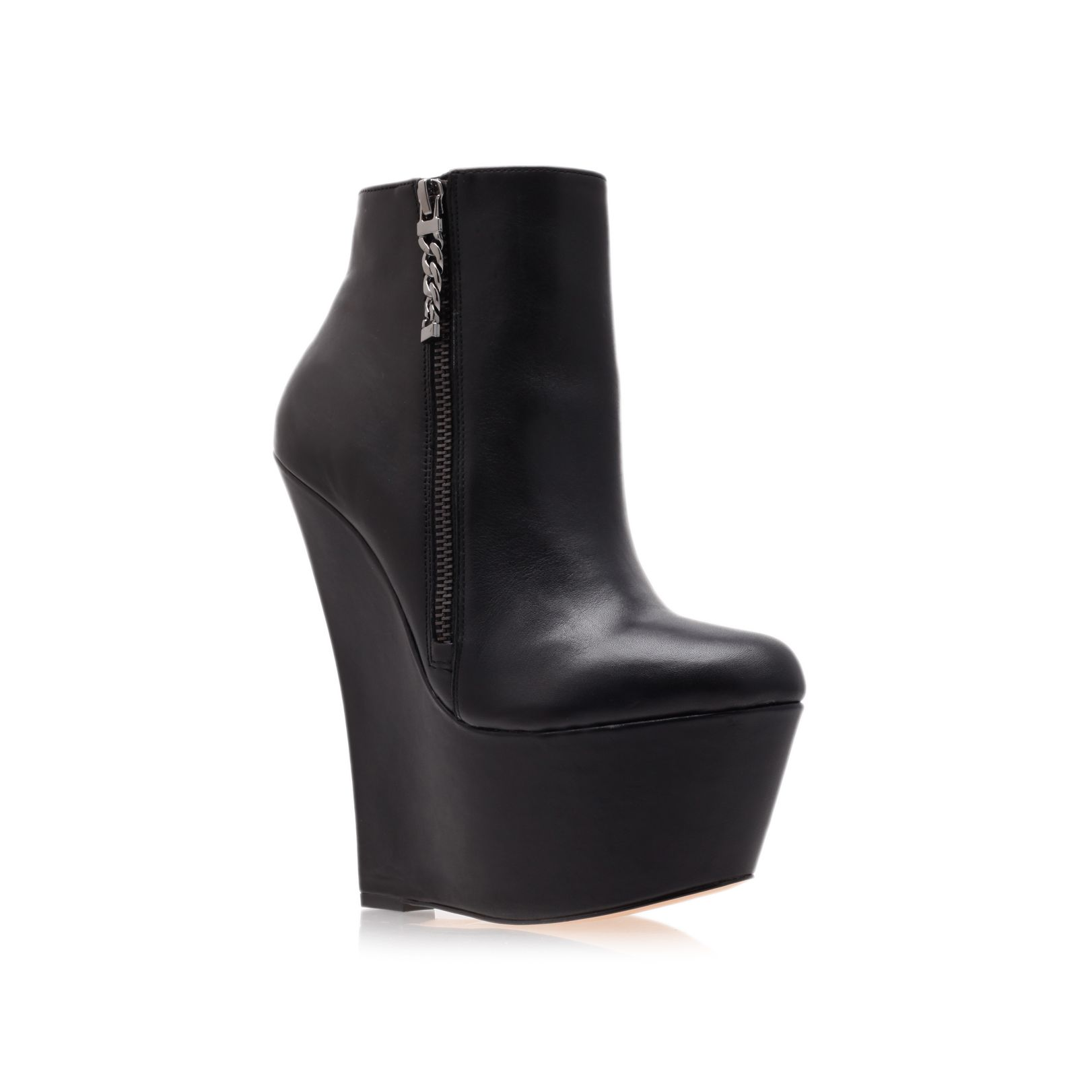 Carvela Kurt Geiger Smirk Ankle Boots In Black | Lyst