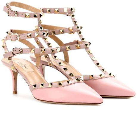 valentino rockstud leather kitten heel pumps in pink soft pink poudre platinum lyst. Black Bedroom Furniture Sets. Home Design Ideas