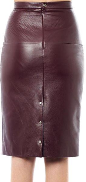 eudon choi terra leather pencil skirt in burgundy lyst
