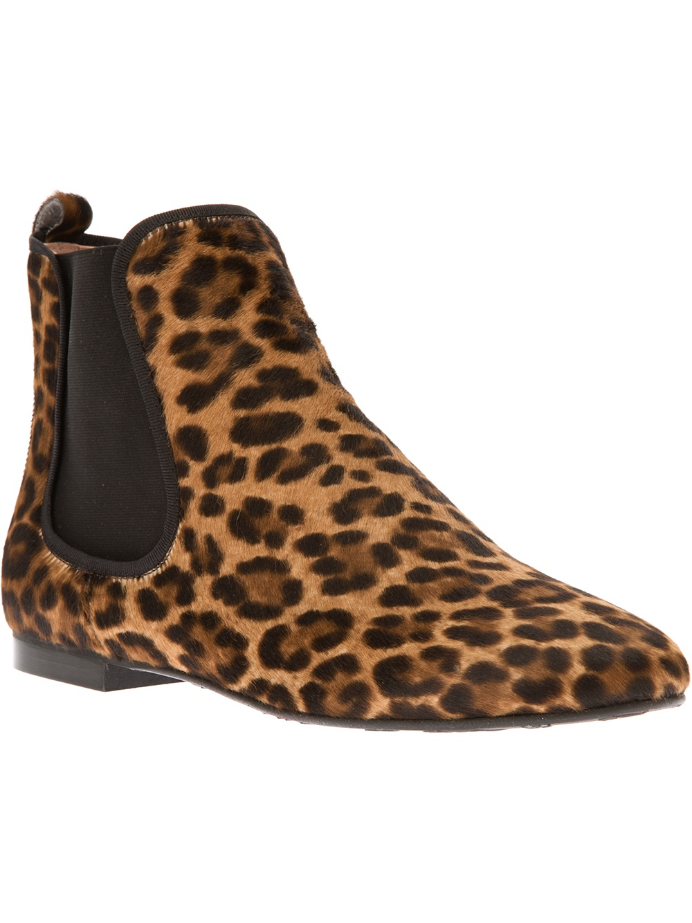 How To Wear Leopard Ankle Boots. Leave a comment. Let's talk about marvellous combinations of shoes. In today's post I want to draw your attention to this interesting topic called: how to wear leopard ankle boots. Leopard print can look awesome combined with safari inspired clothing. Natural sandy hues, neutral brown, khaki and beige hues.
