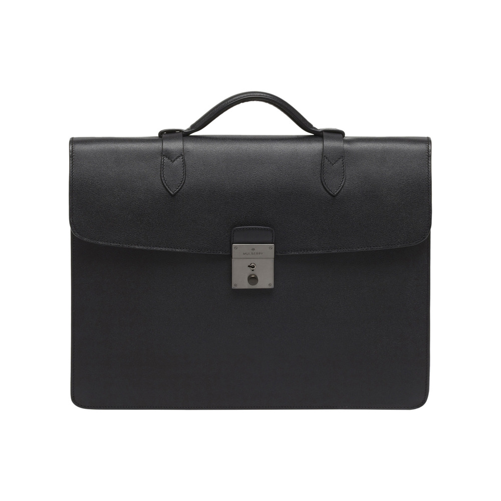 mulberry single men Single main section with zip closure the bag is in very good condition we're a family run jewellers in sheffield, uk au $73028 from united kingdom  mulberry men's black leather shoulder bag document case - bg made out of fine black leather it is perfect in every way au $92440 from united kingdom.