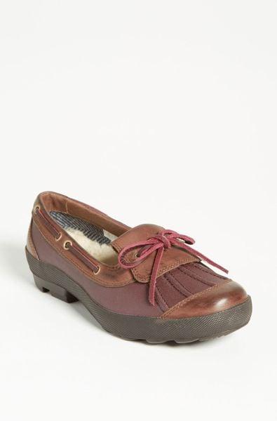 womens ugg duck boots