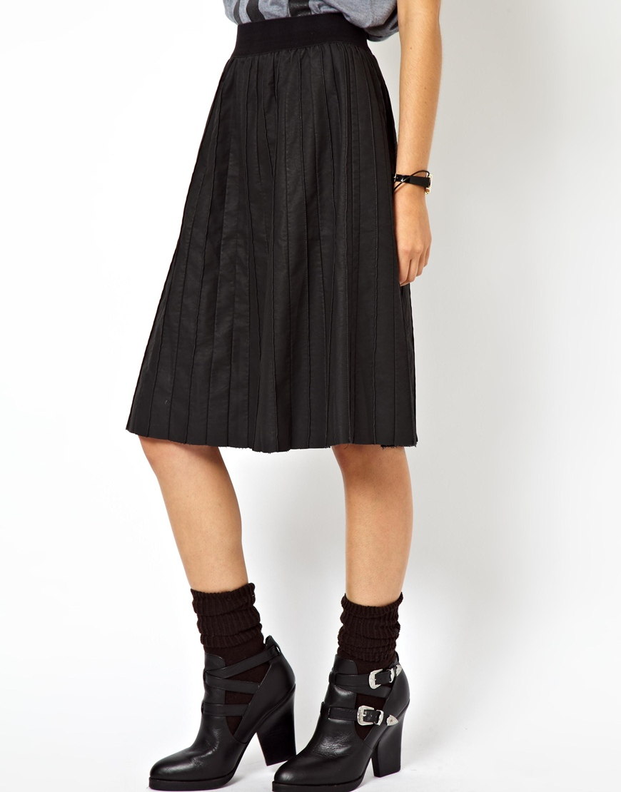 asos exclusive leather look pintuck pleated midi skirt in