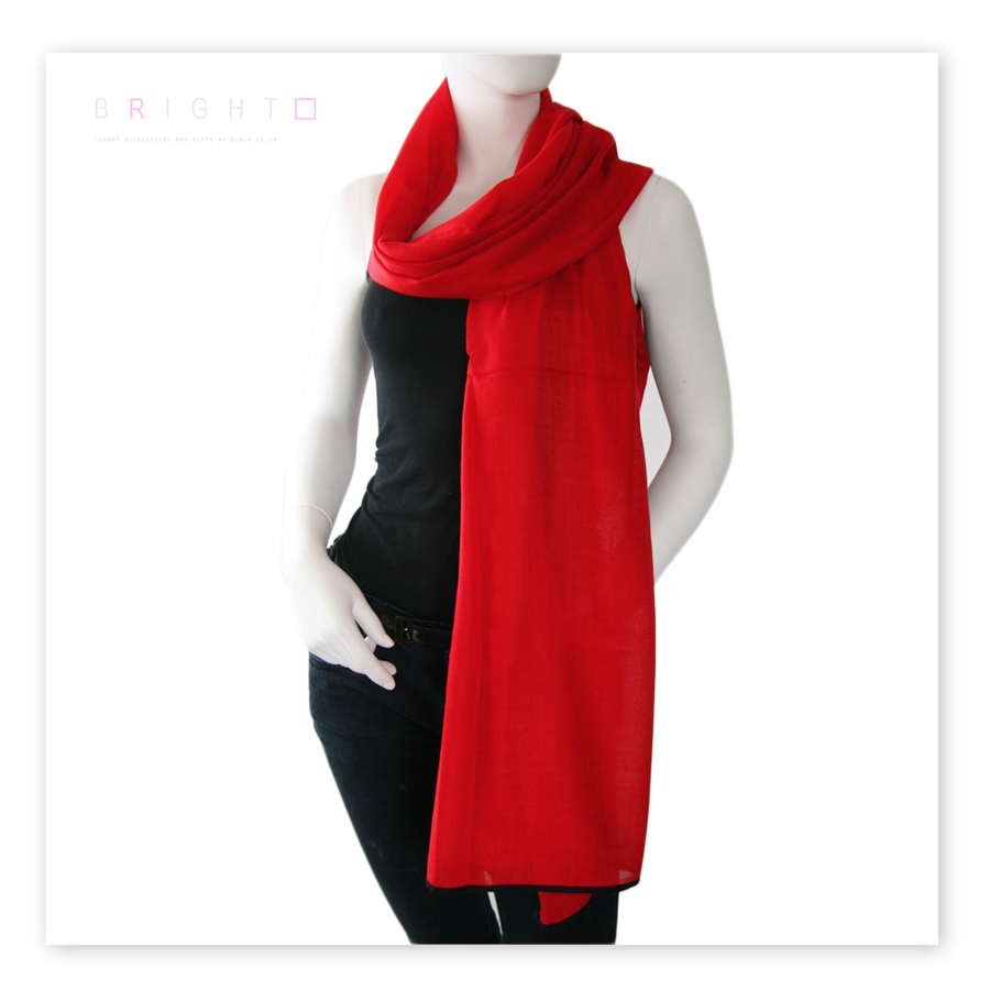 black co uk vestry and black scarf and silk