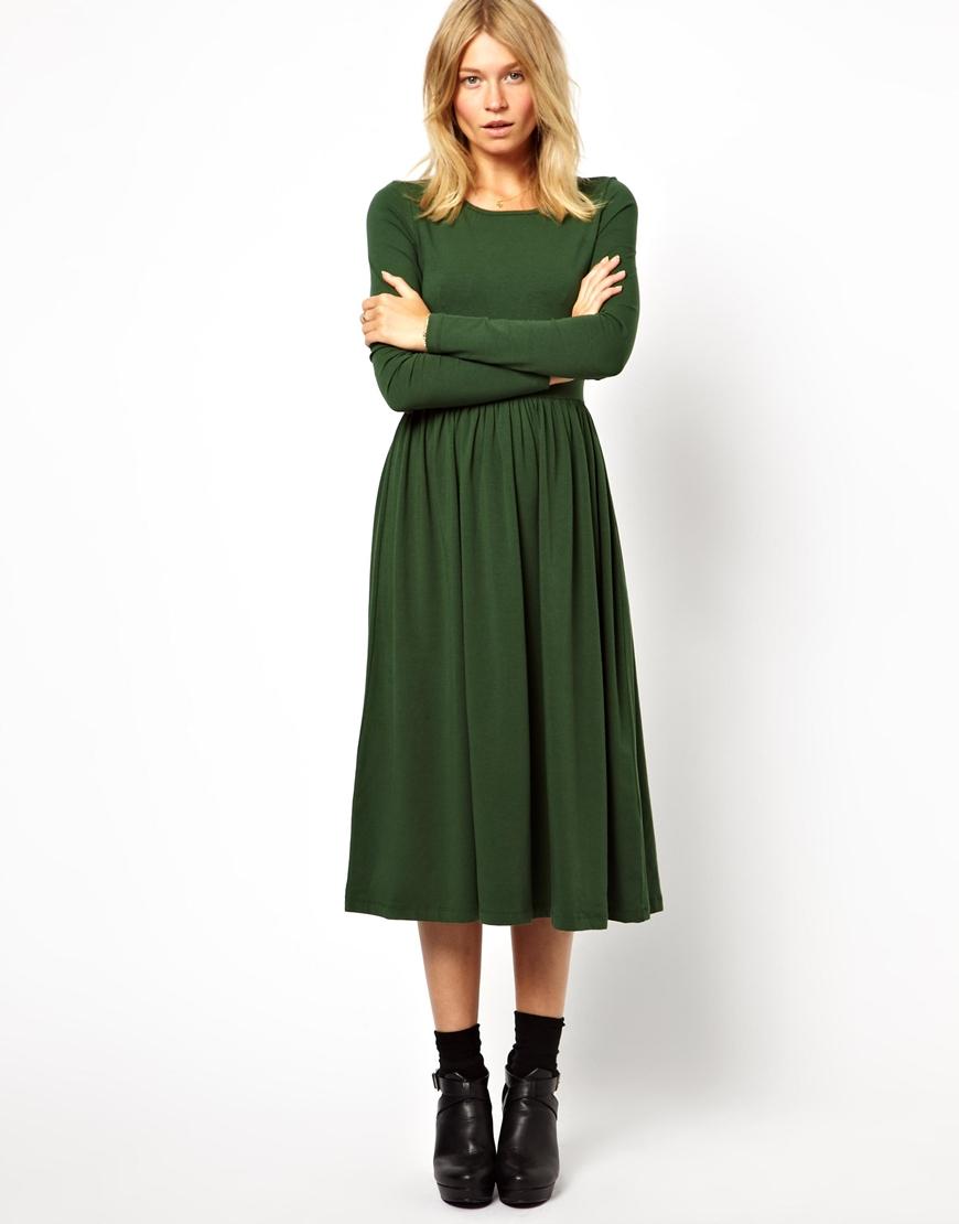 Платье расклешенное с чем носить