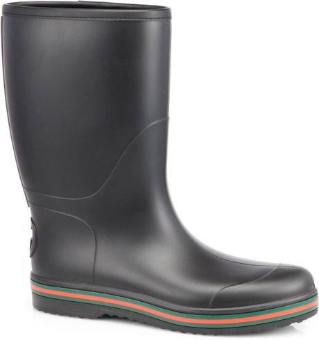 Can mens fetish rubber boots