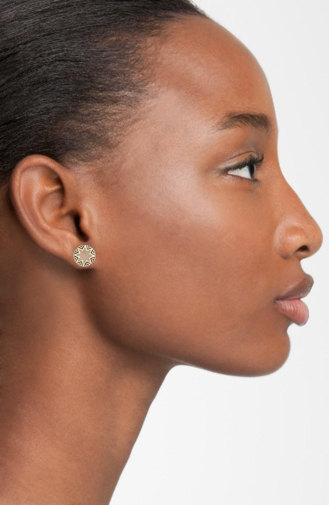 House Of Harlow House of Harlow Engraved Sunburst Stud Earrings in Metallic Gold VflmR