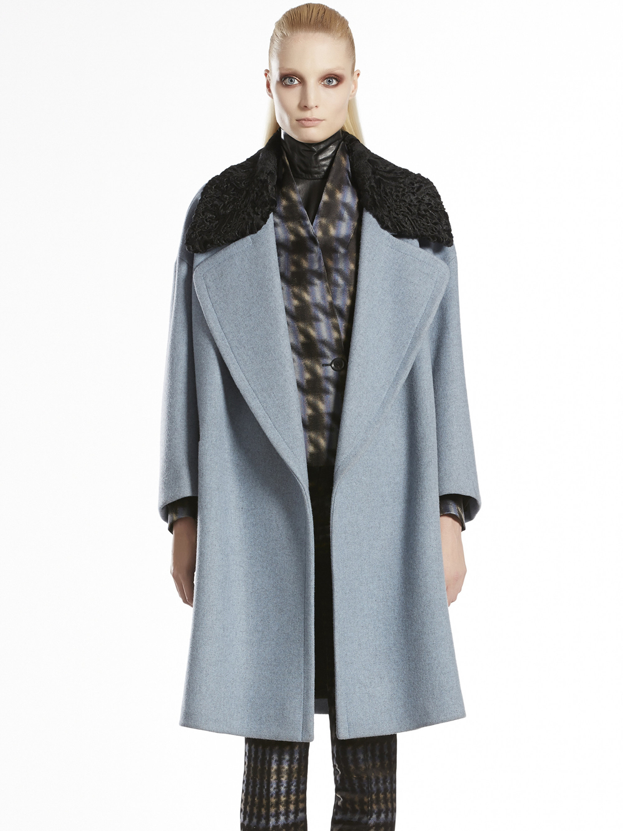 Gucci Wool Oversized Shearling Collar Coat in Blue | Lyst