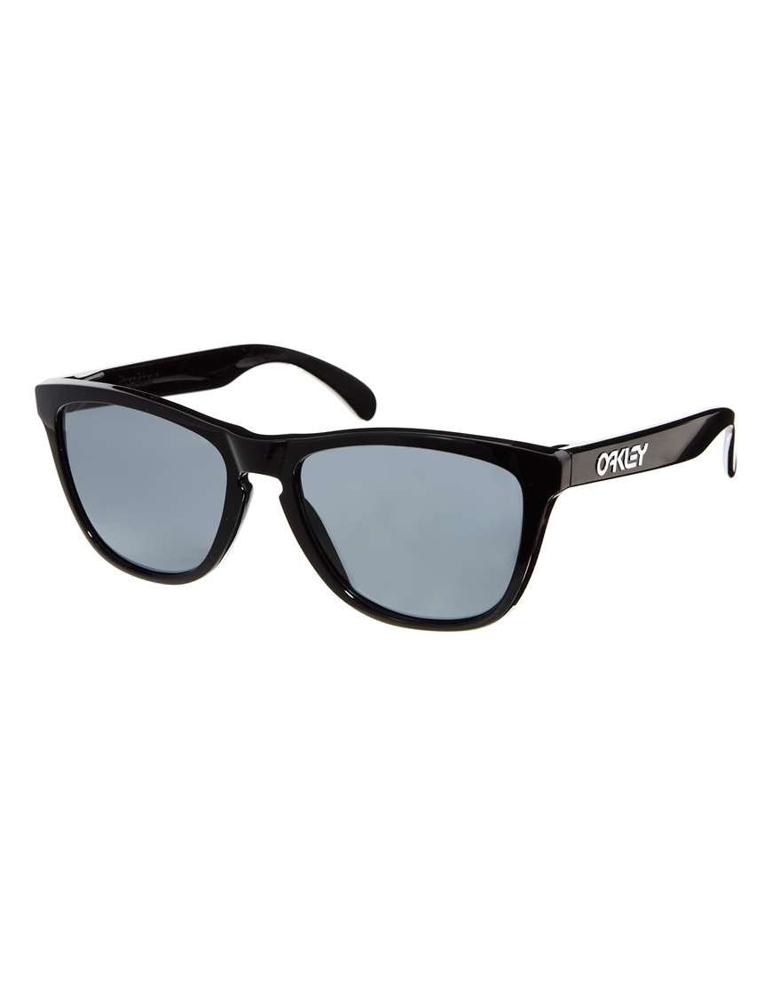 Asos Oakley Frogskin Wayfarer Sunglasses in Black for Men ...