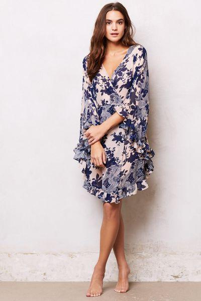 Eloise fluttered paisley robe in blue blue motif lyst for Robes de mariage de betsey johnson