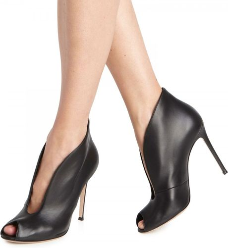Gianvito Rossi Split Front Leather Ankle Boots In Black Lyst