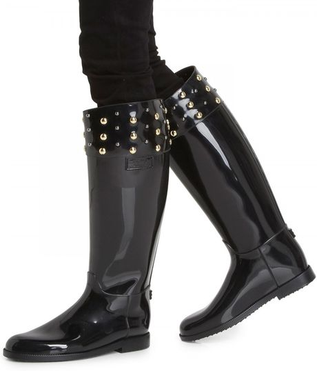 moschino cheap chic studded patent wellington boots in