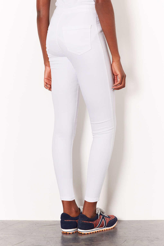 topshop petite moto white joni jeans in white lyst. Black Bedroom Furniture Sets. Home Design Ideas