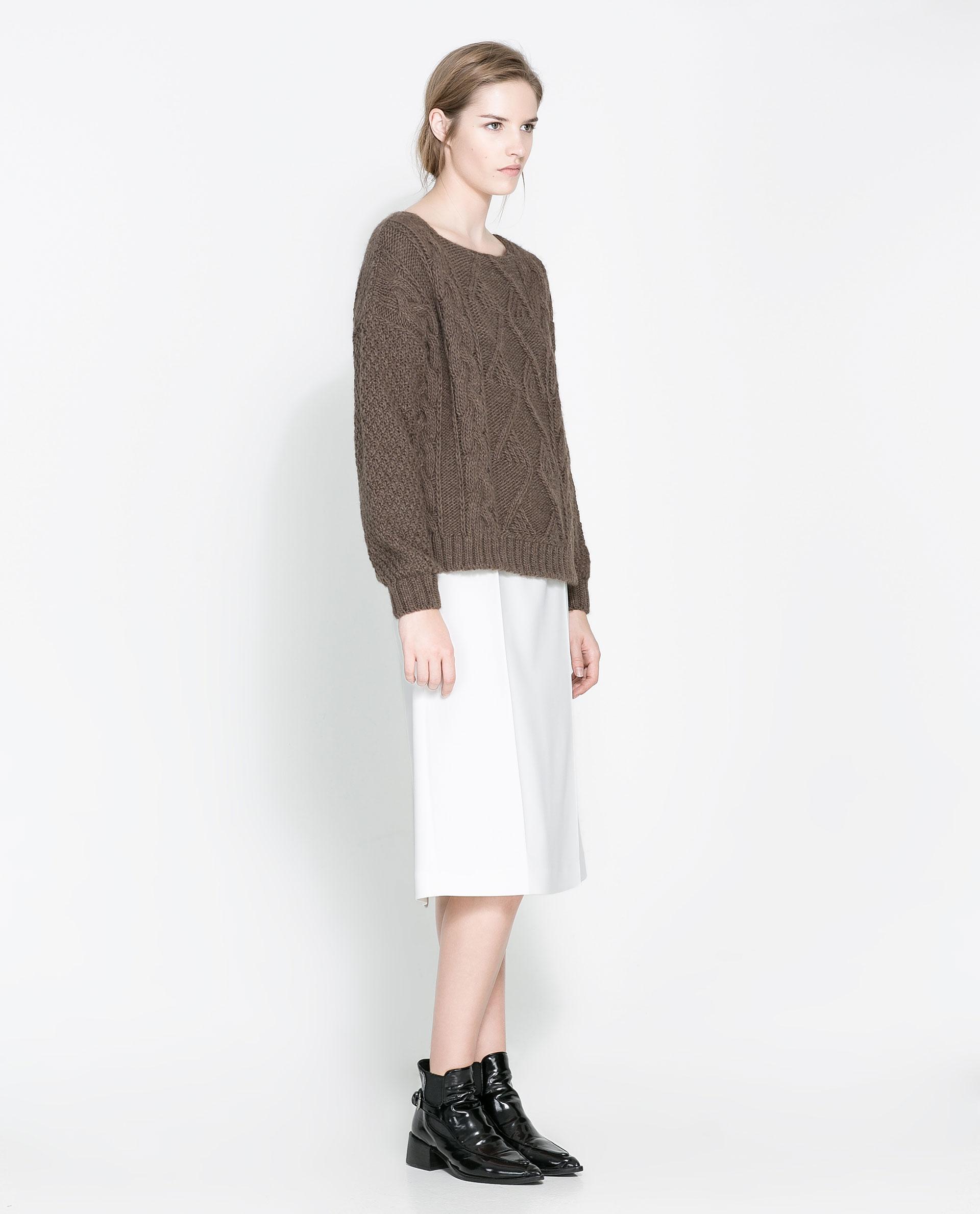 Zara Square Cut Sweater 71