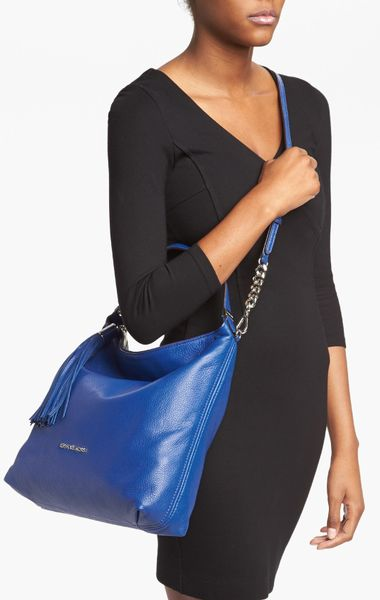 Weston Large Shoulder Bag 72
