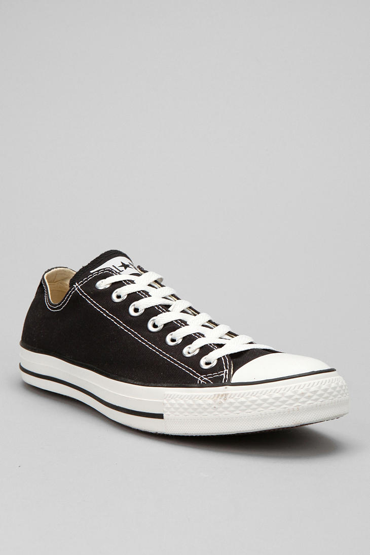 Converse Chuck Taylor All Star Low Top Sneaker in Black ...