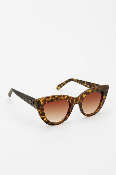 Quay Quay Kittie Cateye Sunglasses in Brown