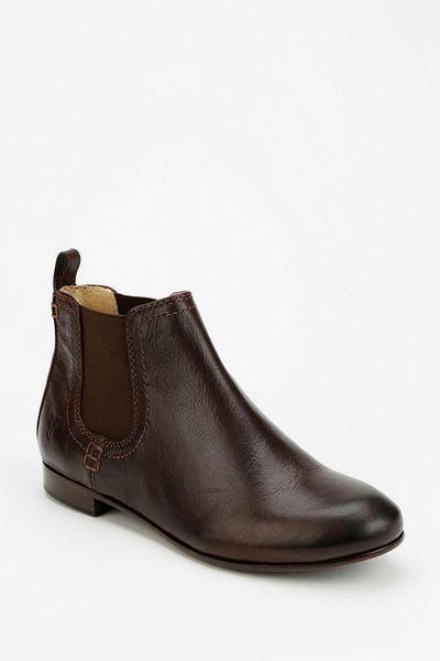 outfitters frye jillian chelsea ankle boot in brown