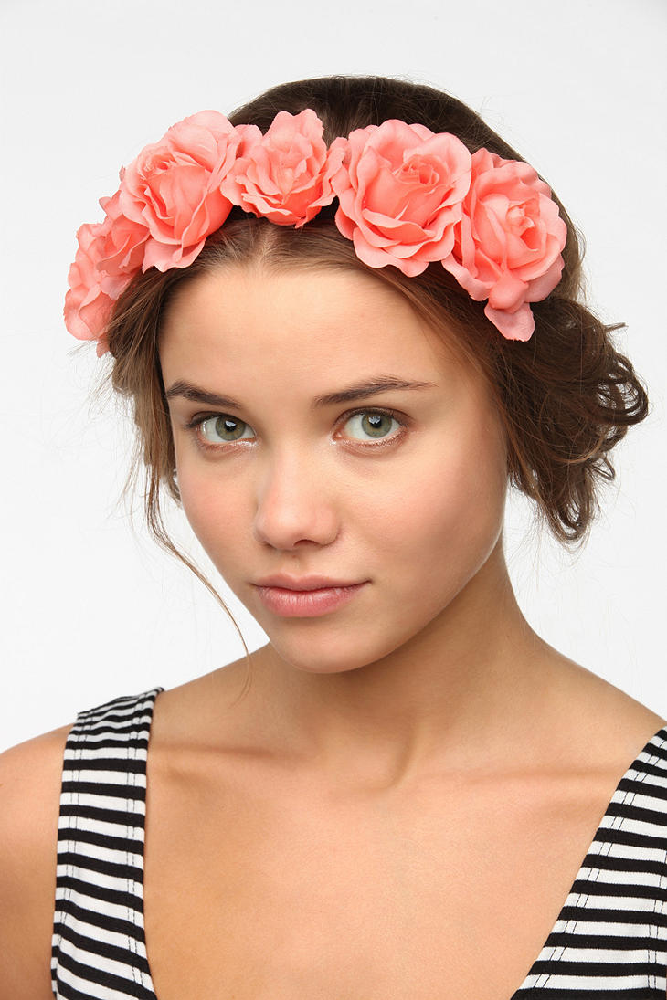 Lyst - Urban Outfitters Golden Flower Halo Headband in ...