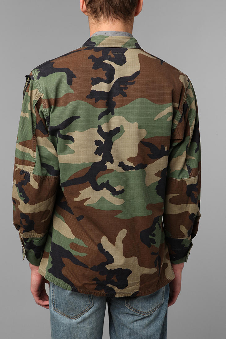 Urban Outfitters Urban Renewal Vintage Oversized Camo