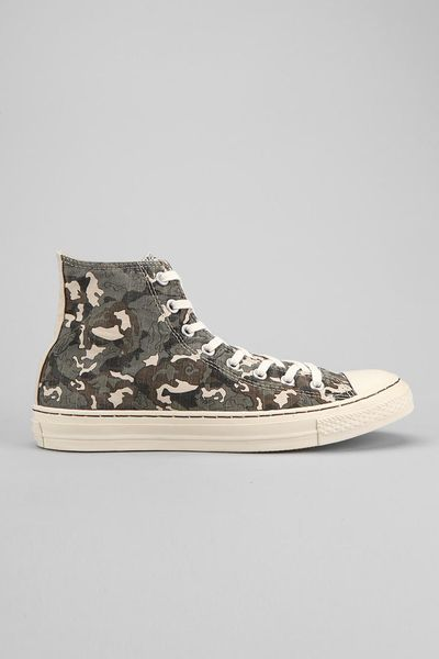 Urban Outfitters Converse Chuck Taylor All Star Camo Mens