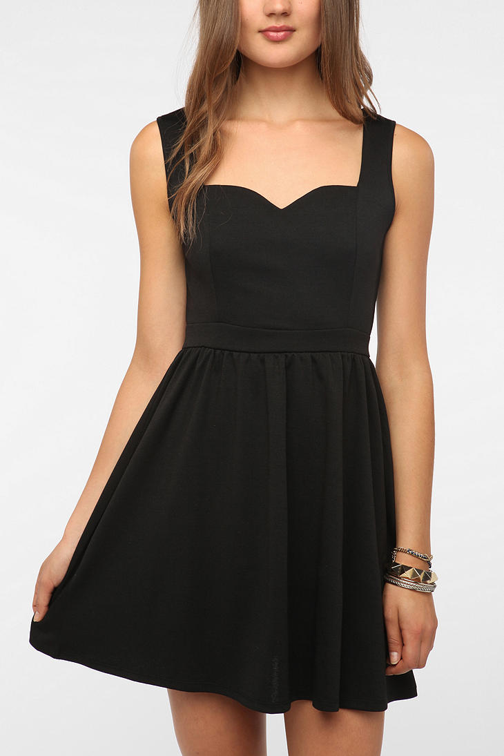 Lyst Urban Outfitters Heart Cutout Back Dress In Black