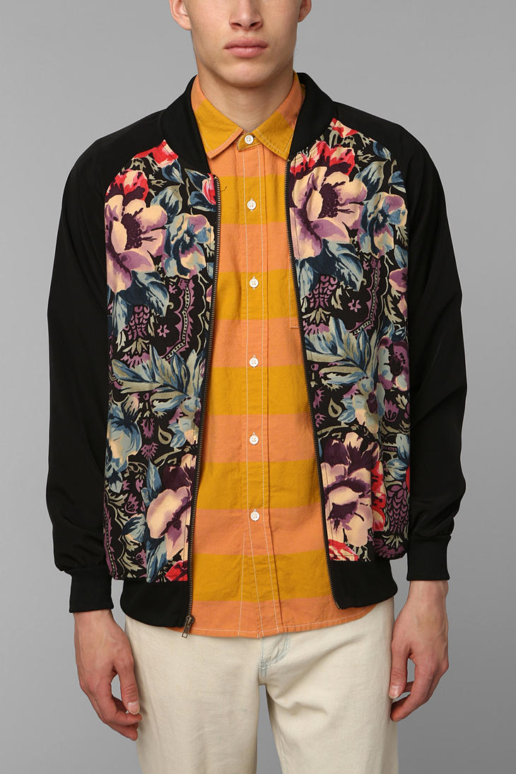 Urban outfitters Urban Renewal Floral Bomber Jacket in Black for