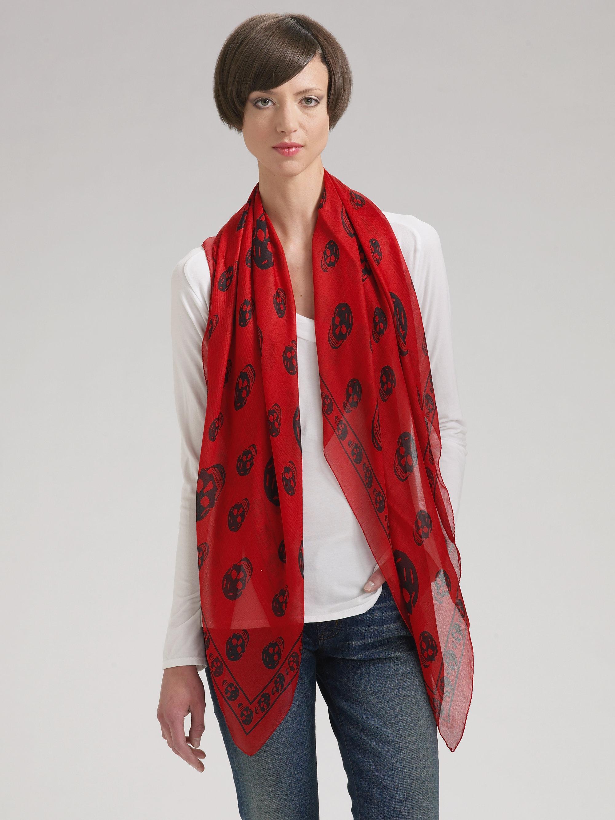 alexander mcqueen classic skull silk chiffon scarf in red