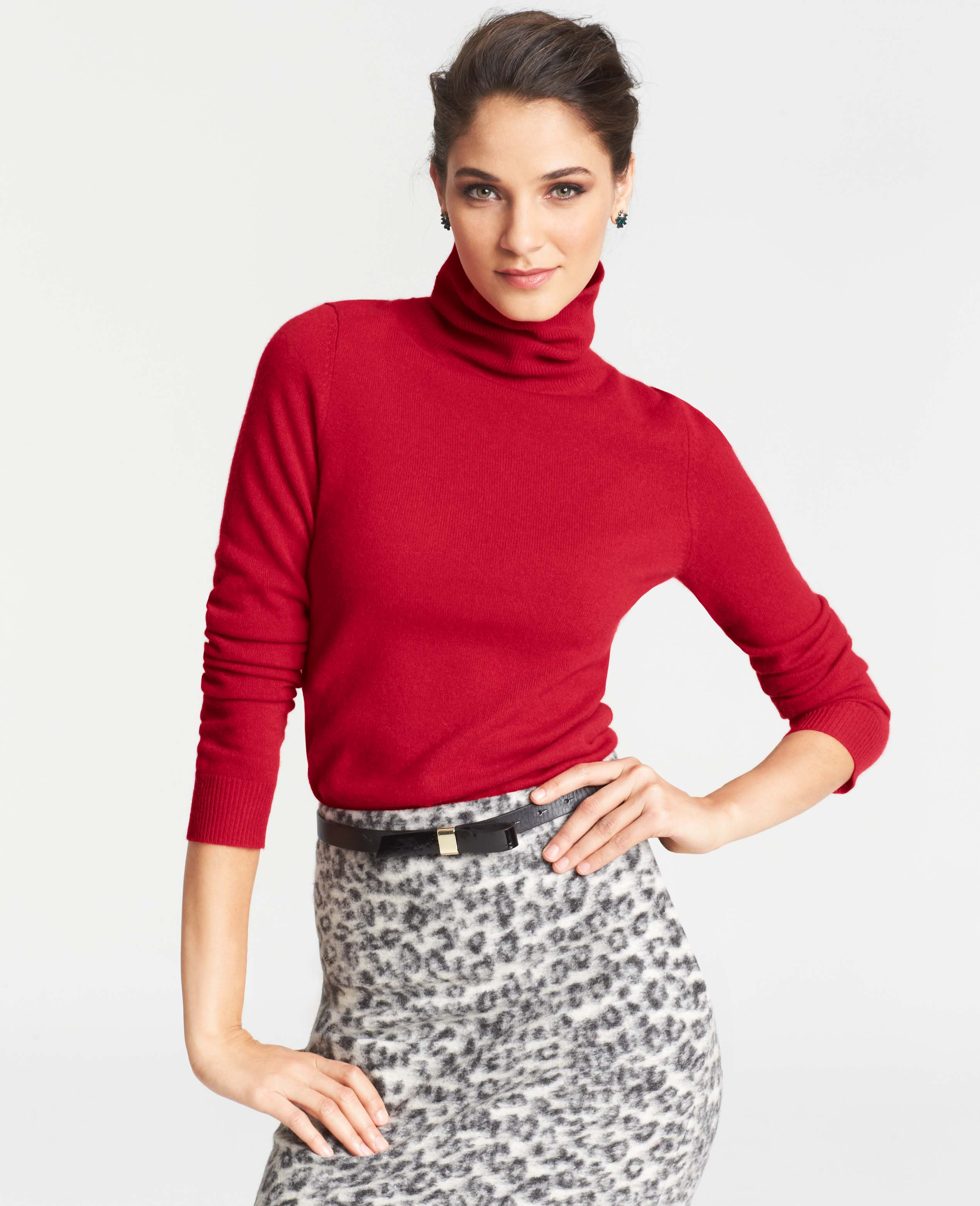 Ann taylor Collectible Cashmere Turtleneck Sweater in Red | Lyst
