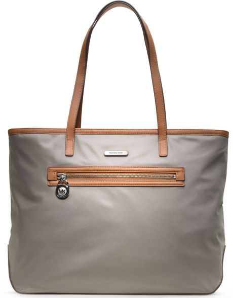 Michael Kors Kempton Large East West Tote in Gray (PEARL GREY)