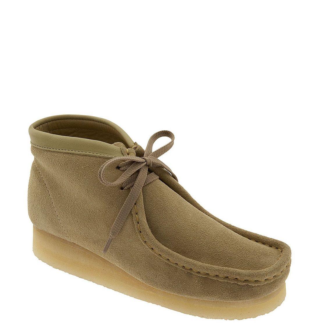 Amazing Clarks Womens Desert Chukka Boot